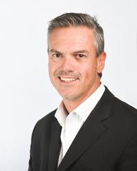 Phil Du Plessis , estate agent
